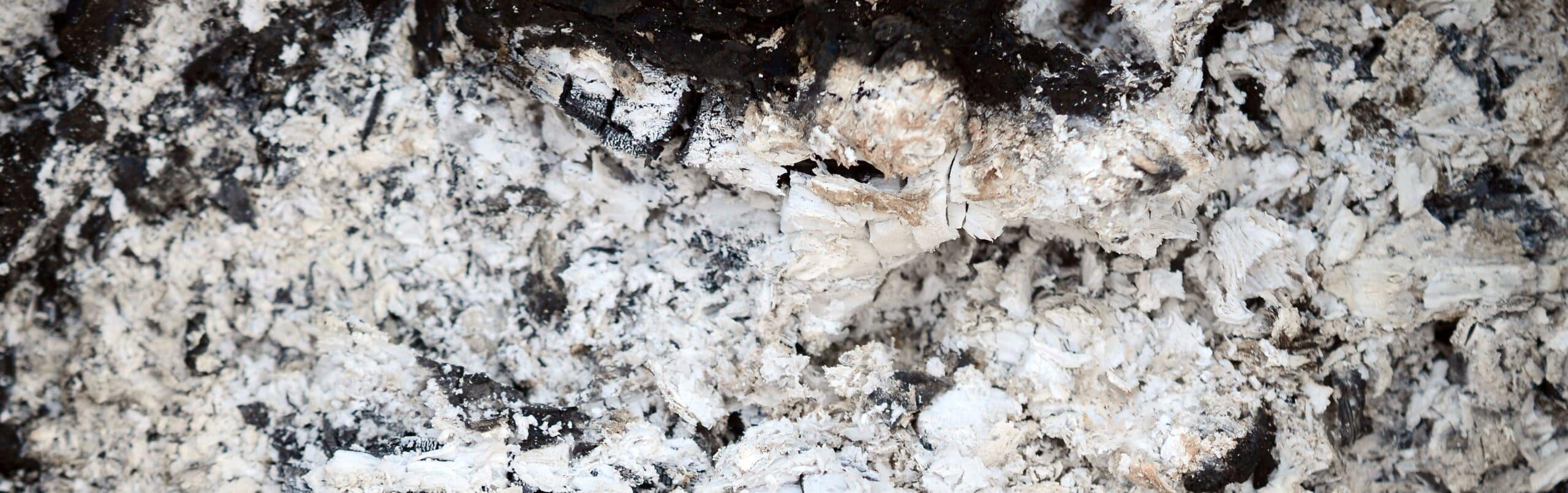 Roet of vuil verwijderen na een brand?